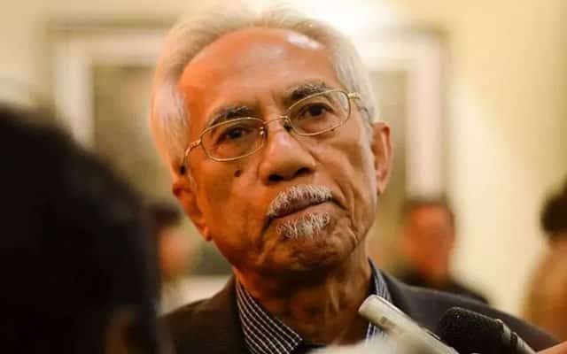Belanjawan : Kerajaan PN terdesak tahap desperado – Kadir Jasin