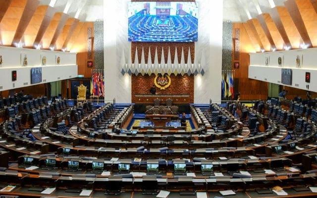 [VIDEO] Gempar !!! 117 ahli parlimen hantar warkah kepada Agong?