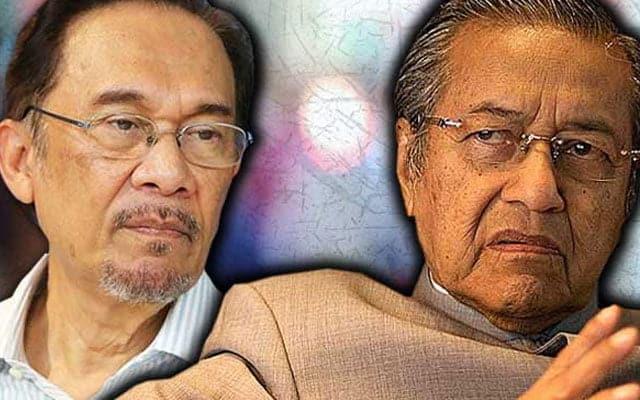 Panas !!! Mahathir pertikai kemampuan Anwar tadbir negara waktu krisis