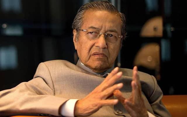 """Gempar !!! Mahathir dedah rahsia """"dipinang"""" PN"""