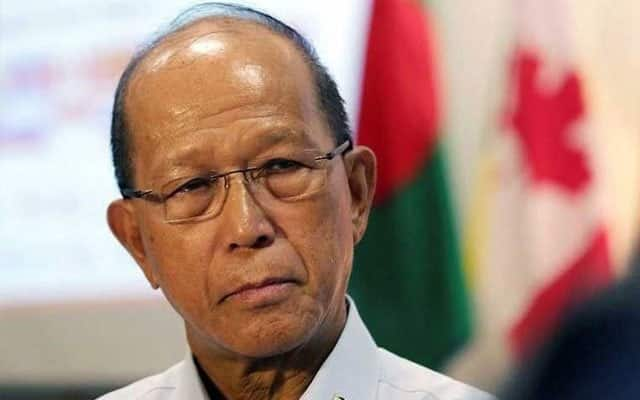 Philippine president's guards used 'smuggled' COVID-19 vaccines