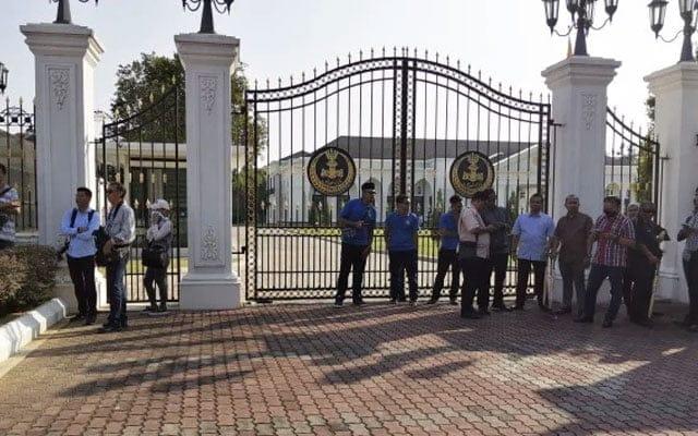 Terkini !!! Ketua PKR, DAP dan Amanah Perak tiba di Istana Kinta