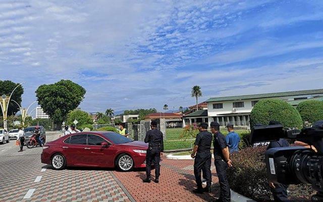 Terkini !!! Ketua PKR, DAP dan Amanah selesai mengadap Sultan Nazrin