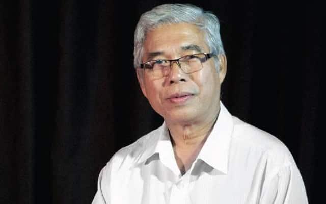 Ahli parlimen Pasir Gudang tawar diri disuntik vaksin Covid-19