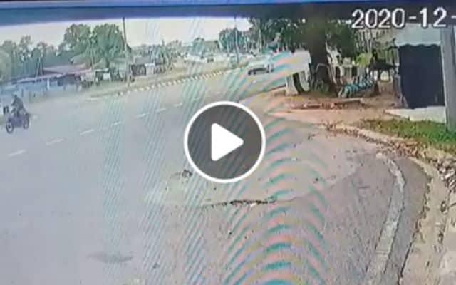 [Video] Tular video punca kemalangan elak penunggang motosikal cuai