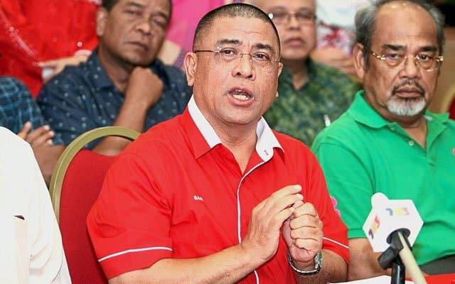 Istana masih menanti cadangan nama MB baru, Umno mesyuarat petang ini