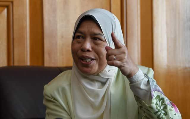Panas !!! Zuraida mohon batal saman RM10 juta keatasnya kerana lompat parti