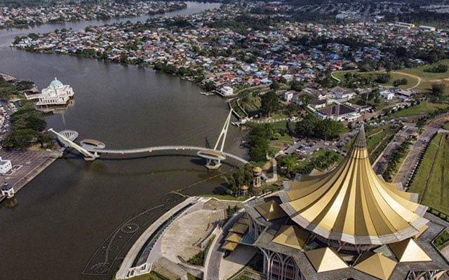 Panas !!! Kabinet Sarawak bincang untuk rayu Agong tarik balik darurat