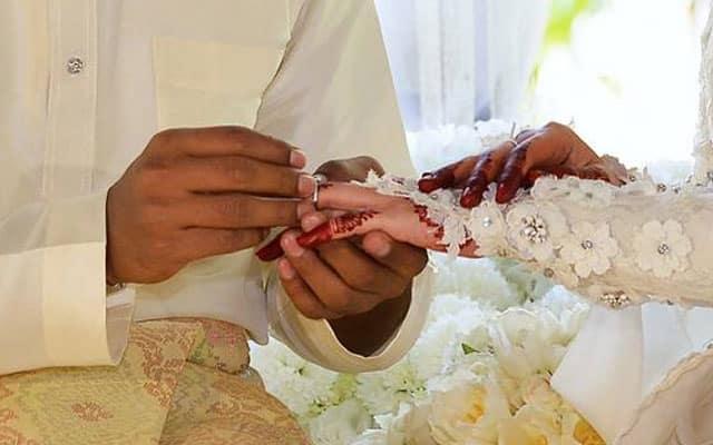 GEMPAR !!! Kenduri perkahwinan dan tahlil menjadi punca 21 ahli keluarga positif Covid-19