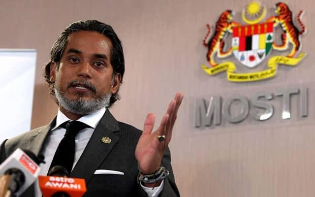 Tidak mungkin Putrajaya benarkan orang ramai pilih-pilih vaksin – Menteri