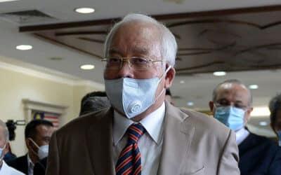Dakwa dirinya dianiaya, Najib buat laporan polis terhadap LHDN