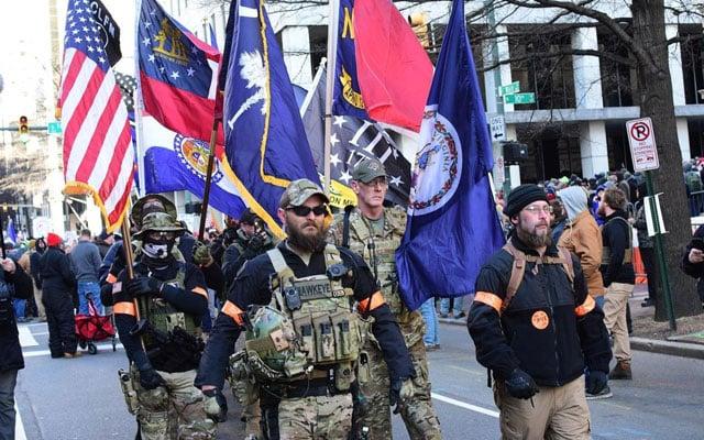 Gempar !!! Senjata api habis dijual di Amerika, tentera siap sedia menjelang pelantikan Joe Biden