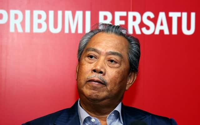 Muhyiddin tengah lemah, sekarang masanya Umno bagi 'TKO'