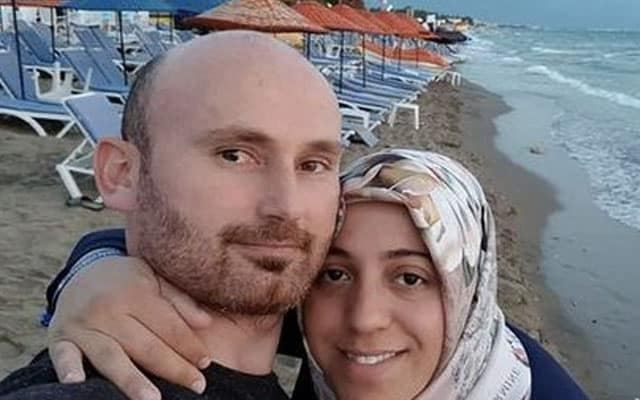 Kejam !!! Selfie dengan isteri hamil 7 bulan sebelum tolak jatuh gaung