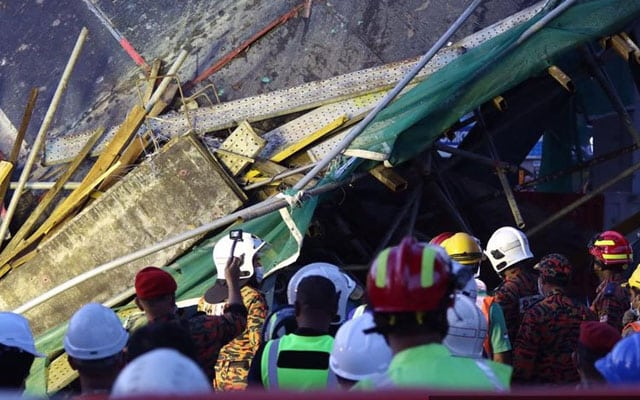 Binaan lebuhraya SUKE runtuh, lima mangsa dipercayai terperangkap