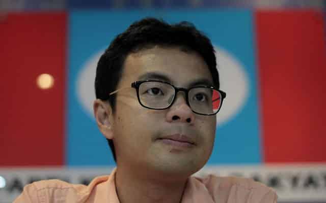 MP Tebrau sokong Muhyiddin, PKR hantar surat tuntutan RM10 juta