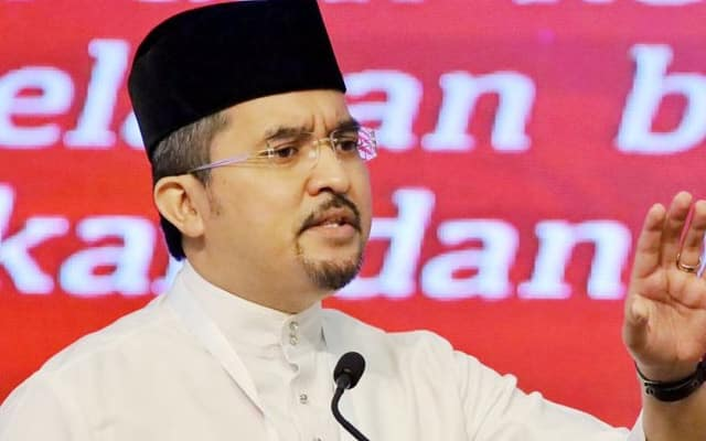 Asyraf bidas PAS, belum kering air mata PAS sudah madukan Umno