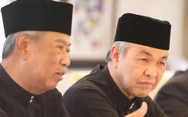 Walau kasih sudah ditolak, Bersatu terus mengemis cinta Umno