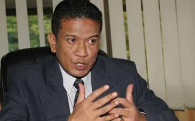 Slogan tolak Anwar, Dap bakal merugikan Umno – Agus