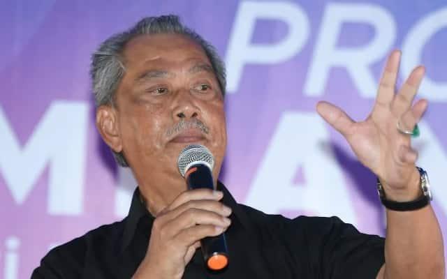 Muhyiddin beri amaran, akan tanding semua kerusi lawan Umno jika berkeras