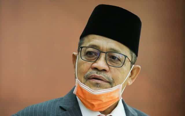 Selepas Tajuddin kata bodoh, Shahidan pula balas bangang pada MP Pasir Salak itu