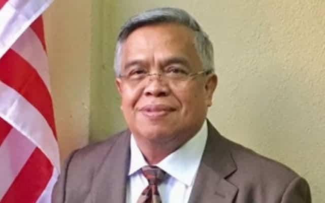 "Santhara diasak UMNO  : ""Bukan air kemaluan dia sahaja bertakung"" – Blogger UMNO"