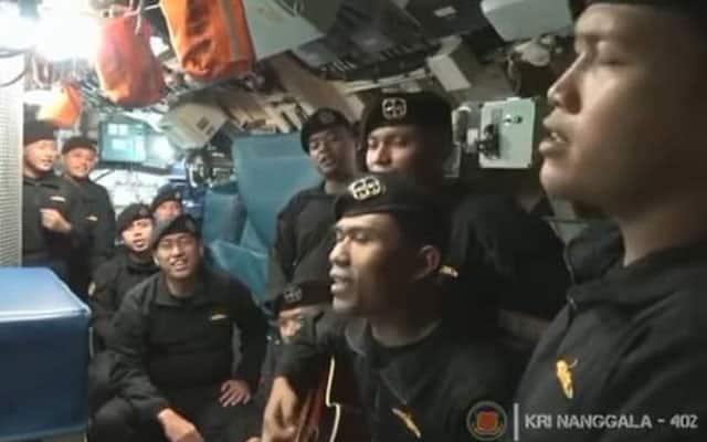 "Pilu..Kru Kapal Selam sempat rakam lagu ""sampai jumpa lagi"" sebelum pergi"