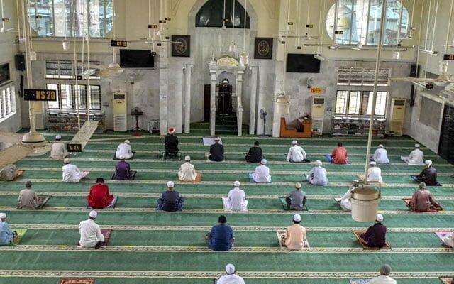 Masjid, Surau mukim di Kelantan tidak dibenar solat Jumaat dan Tarawih