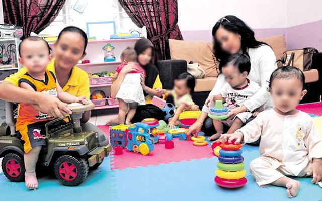 Mak oii !!! Netizen terkejut keluarga ini tawar gaji RM413,500 untuk jadi pengasuh