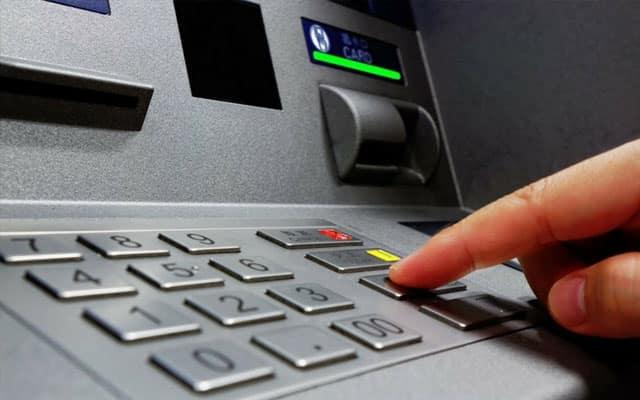 Keluar duit kat ATM tanpa guna kad? Ini caranya…