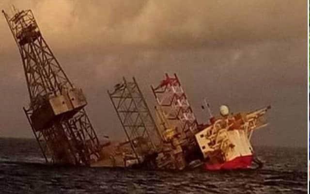 Pelantar minyak tenggelam, lebih 100 krew nyaris maut