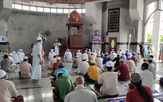 Perlis benarkan masjid beroperasi kapasiti penuh
