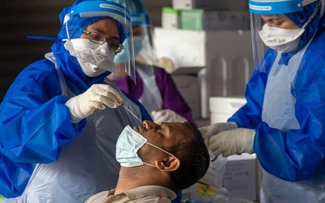 Gempar !!! Lelaki dedah 2 kali janji temu vaksin ditangguh