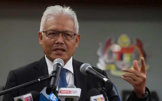 Parlimen akan dibuka apabila negara capai imuniti kelompok 3 bulan lagi, kata Hamzah