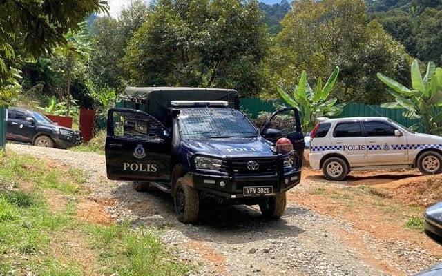 Panas !!! Adun DAP ditahan Polis