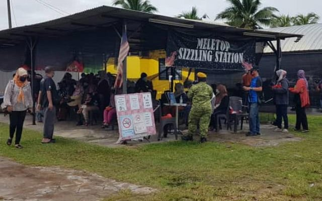 Panas !!! Orang politik bergelar 'Datuk' didakwa jadi dalang penutupan food bank