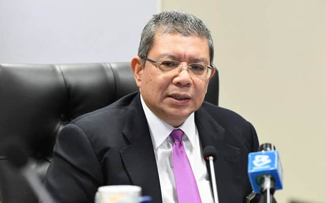 Admin media sosial kerajaan diingatkan jangan tutup ruang komen – Menteri