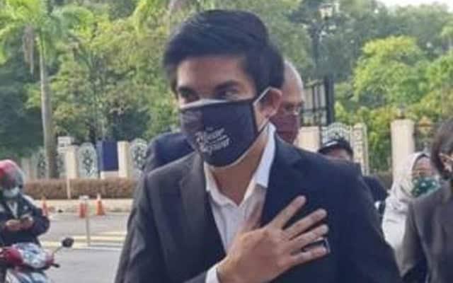 Terkini !!! Syed Saddiq tiba di mahkamah