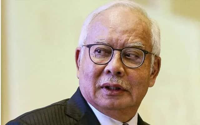 Panas !!! MP Umno dalam perhatian, 'terima akibat' jika sokong Muhyiddin – Najib
